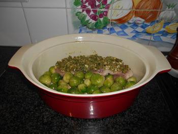 Ovenschotel van varkenshaasje en geroosterde spruiten 4
