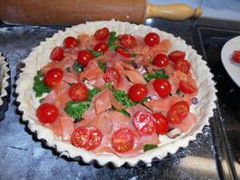 Quiche met boerenkool (kale), gerookte zalm en tomaatjes 8