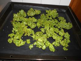 Slaatje van krokante boerenkool en kip 6