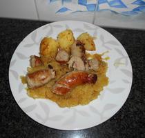 Zuurkool met braadworst en gebakken aardappelen 5