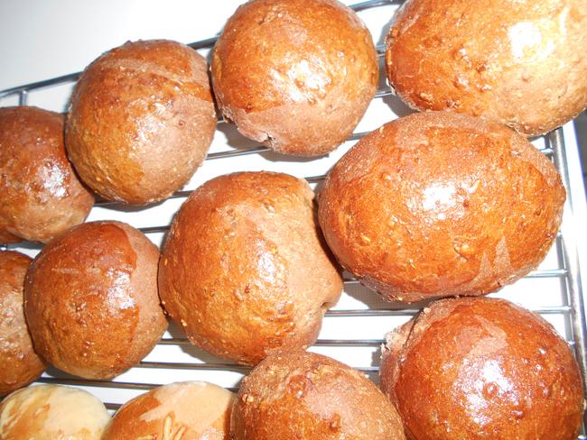 Donkere broodjes of zwarte woud broodjes 1