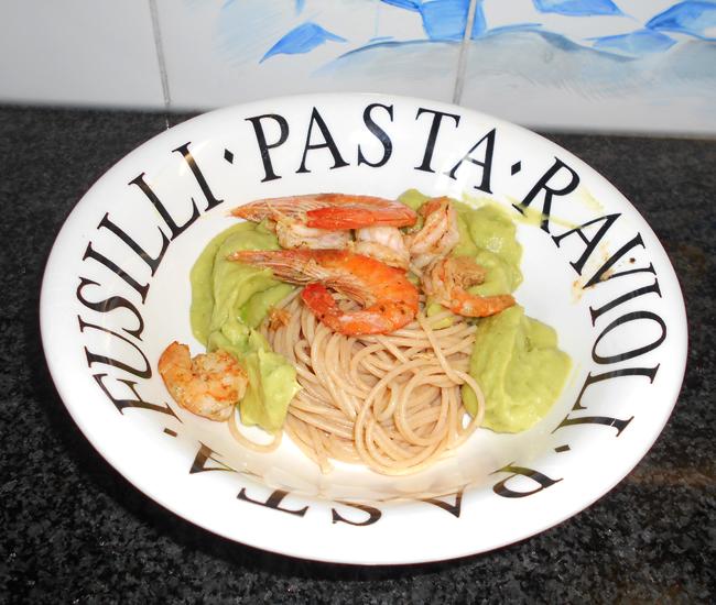 Spaghetti met avocadosaus 1