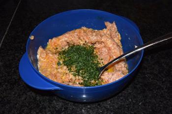 Bleekselder, paprika en gehaktballen in tomatensaus 2