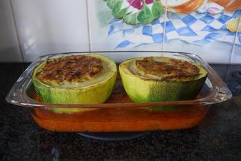 Gevulde, ronde courgettes met quinoa of rijst 10