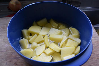 Koude aardappelsla 2