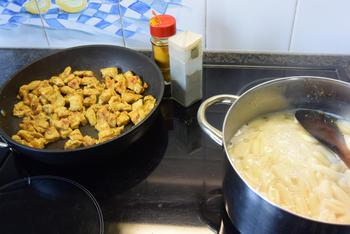 Ovenschotel: pasta met groenten en kalkoenblokjes 6