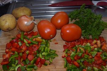 Ovenschotel van paprika, groentemix en aardappeltjes met feta 3