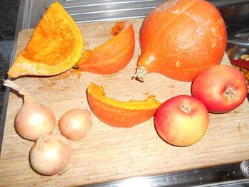 Pompoensoep met appel en kerrie 2