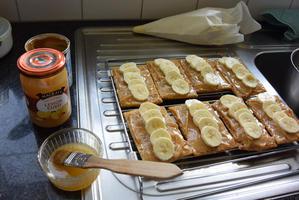 Bladerdeeggebakje met banaan en mascarpone 8