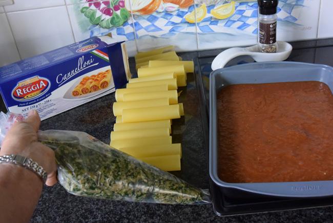 Cannelloni gevuld met gehakt en spinazie met tomatensaus 1