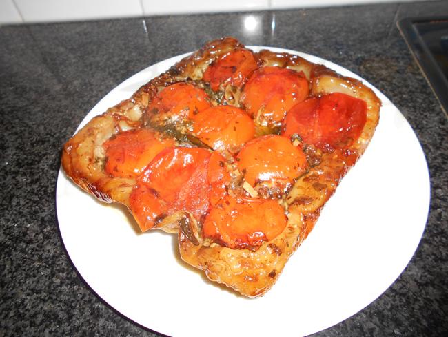Hartige tarte tatin met tomaat 1