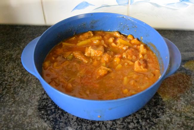 Varkensstoofpotje met tomaten, paprika en boontjes 1