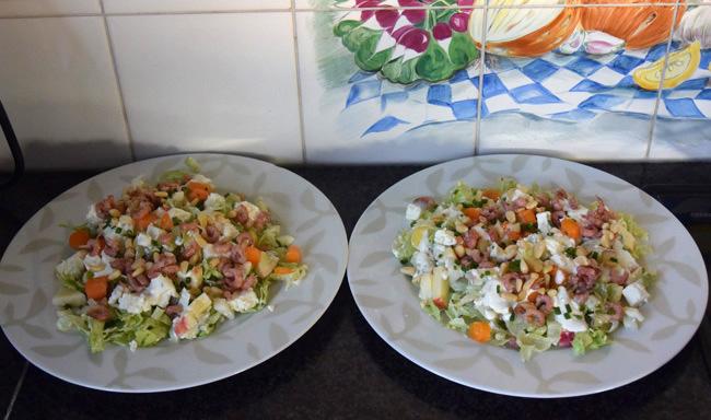 Vegetarische sla van: ijsbergsla met fetakaas, appel en peer 1