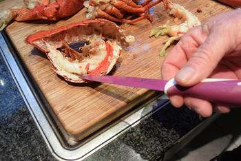 Bisque de homard met stukjes kreeft 4
