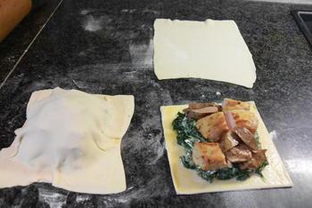 Bladerdeeg gebakje met spinazie en konijnfilets 6