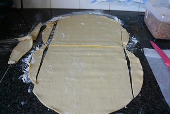 Brioche van bladerdeeg pudding en rozijnen 2