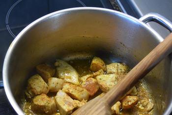 Fusilli met spinazie, champignons, Boursin en kipfilet. 2