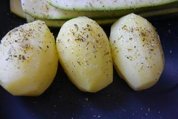 Gegrilde courgette, aardappel en biefstuk met champignons 5