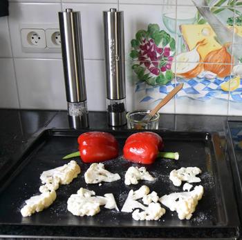 Heerlijke, roergebakken bloemkoolcouscous met paprika en spek 2