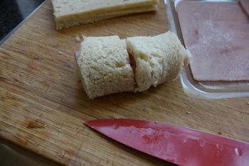 Ovenschotel met gevulde broodrolletjes van asperges en ham 4