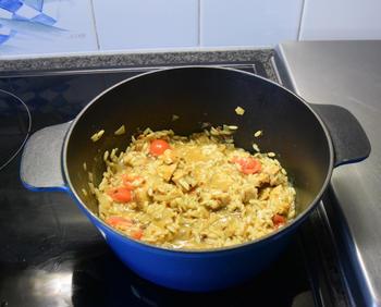 Smeuïge rijst met kipfilet en tomaat 3