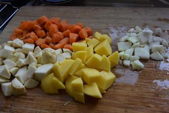 Thermomixrecept: knolselder-wortelsoep 2