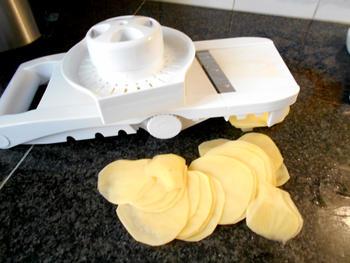 Vegetarische ovenschotel van aardappelen, savooikool en kaas 2
