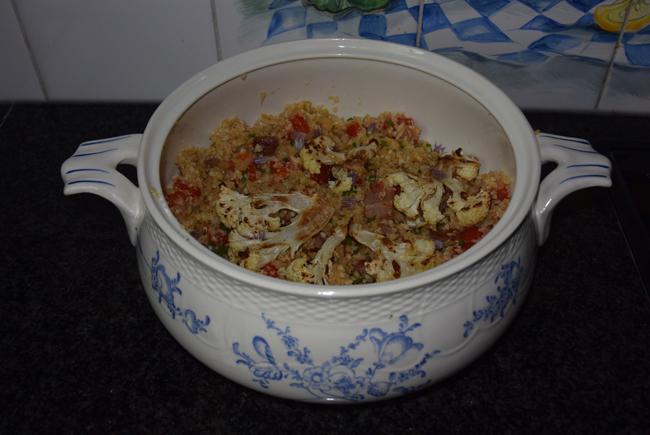 Heerlijke, roergebakken bloemkoolcouscous met paprika en spek 1