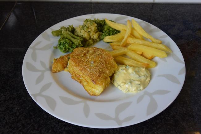 Kabeljauw in sesamkorst met tartaarsaus en broccoli 1