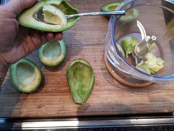 Avocadomousse met garnaaltjes 3
