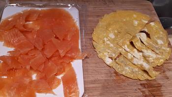 Bloemkoolrijst met erwten, gerookte zalm en omelet 5
