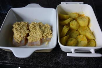 Kabeljauw met krokant korstje, spruiten met kerstomaatjes en ovenaardappeltjes 5