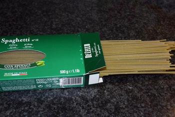 Pasta met pesto, zalm en scampi 2