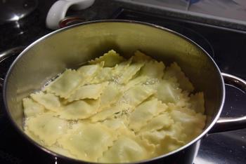 Scampi met pittige duivelsaus en pasta 5