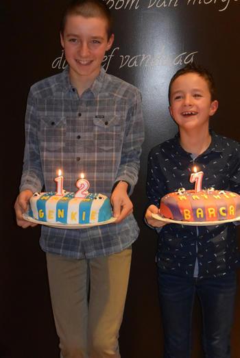 Verjaardagstaart 7 jaar: van biscuit, boterroom en suikerglazuur 9