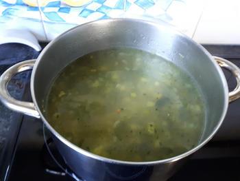 Vlugge, vegetarische bouillonsoep 6
