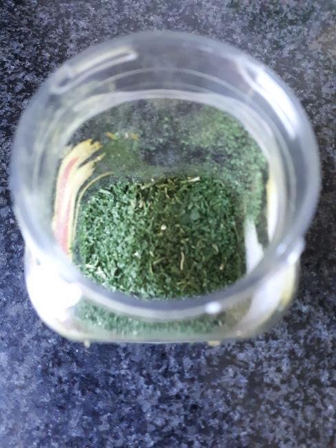 Gedroogde basilicum 1