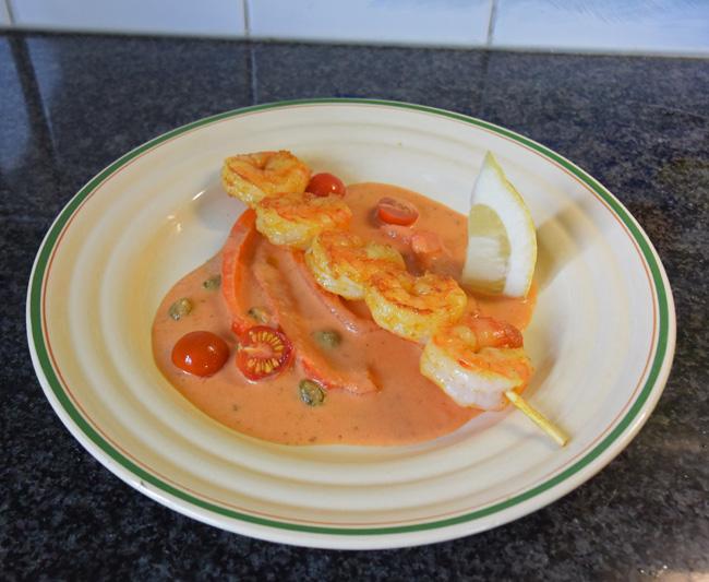 Scampisaté met paprika en paprikasaus 1