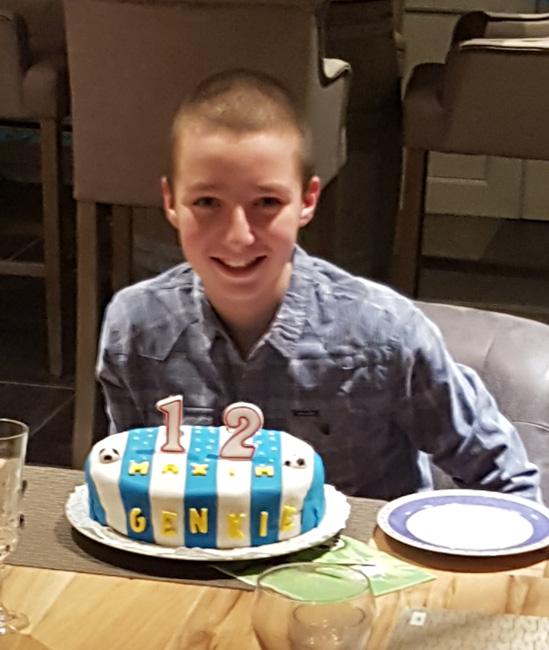 Verjaardagstaart 12 jaar: van biscuit, boterroom en suikerglazuur 1