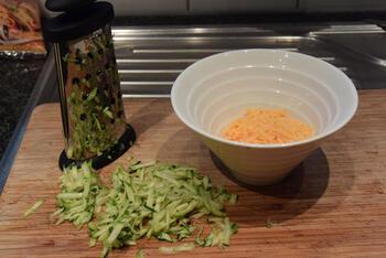 Gevulde kipfilet met groentjes in de oven 5