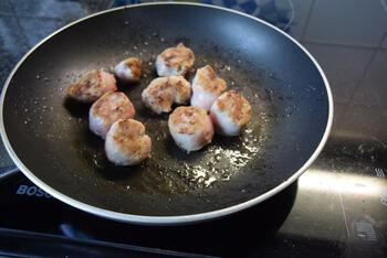 Ovenschotel van pompoen, prei, aardappeltjes en braadworst 4