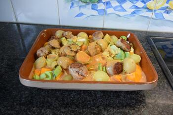 Ovenschotel van pompoen, prei, aardappeltjes en braadworst 8