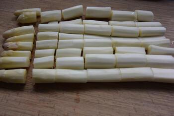 Pasta met asperges, erwten en hazelnootpesto 5