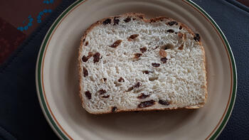 Rozijnenbrood 2