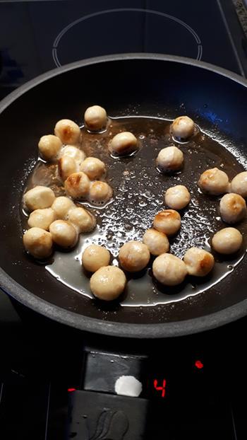 Skrei of kabeljauw met een korstje van macadamianoten 3