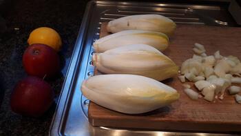 Witloofsoep met appel en garnalen. 2