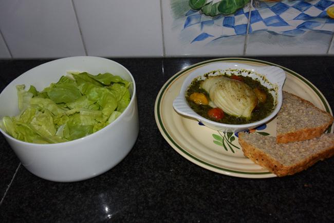 Rogvleugelrolletjes met ham en rucola- of paprikasaus 1