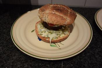 Broodje met gehakt, witloof en kerstomaatjes 8