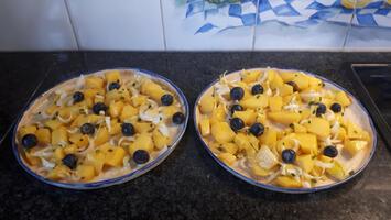 Krabkoekjes met mango, witloof en blauwe bessensla 8