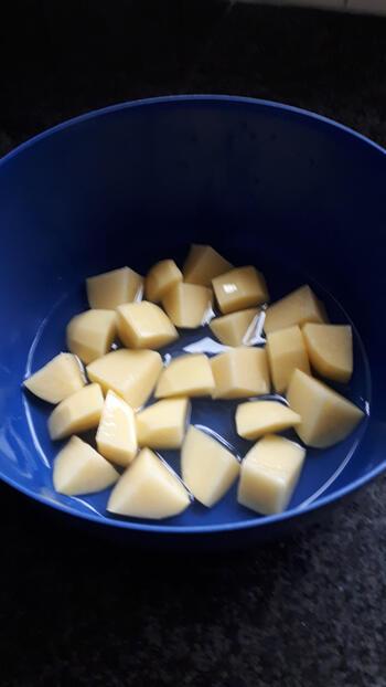 Luikse salade met prinsesboontjes, spekjes en worst 2